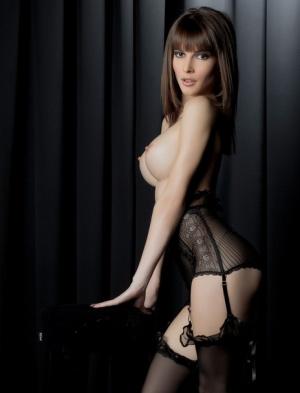 Brunette Huge Tits