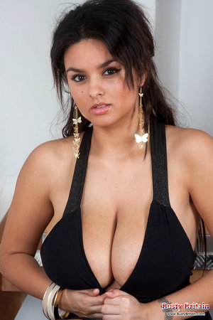 Non Nude Huge Tits