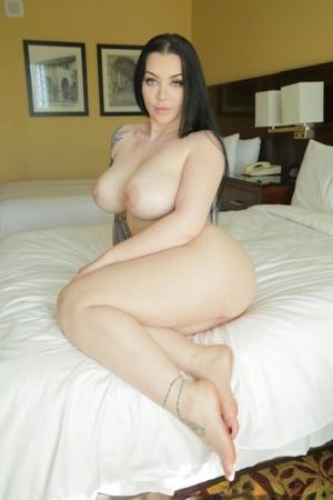 Huge Tits Legs