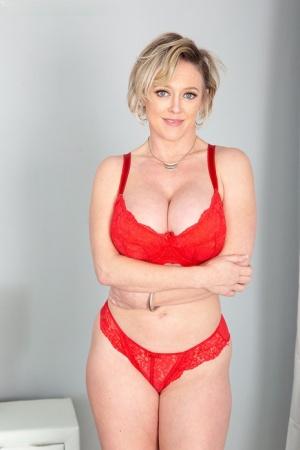 Wife Huge Tits