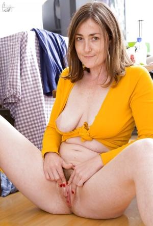 Amateur Huge Tits