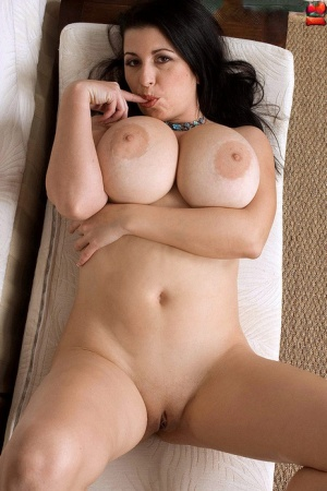 Shaved Pussy Huge Tits
