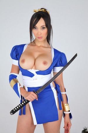Huge Tits Cosplay