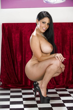 Huge Tits And Heels